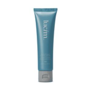 Purifying exfoliator de la gamme lucim est un exfoliant purifiant de la marque Ariix